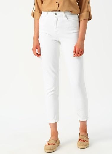 Quzu Pantolon Beyaz